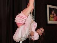 tranny-pole-dancing-07
