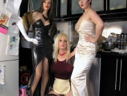 femdom-maid-service (7)