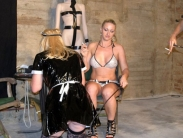mistresses-beating-sissy-001
